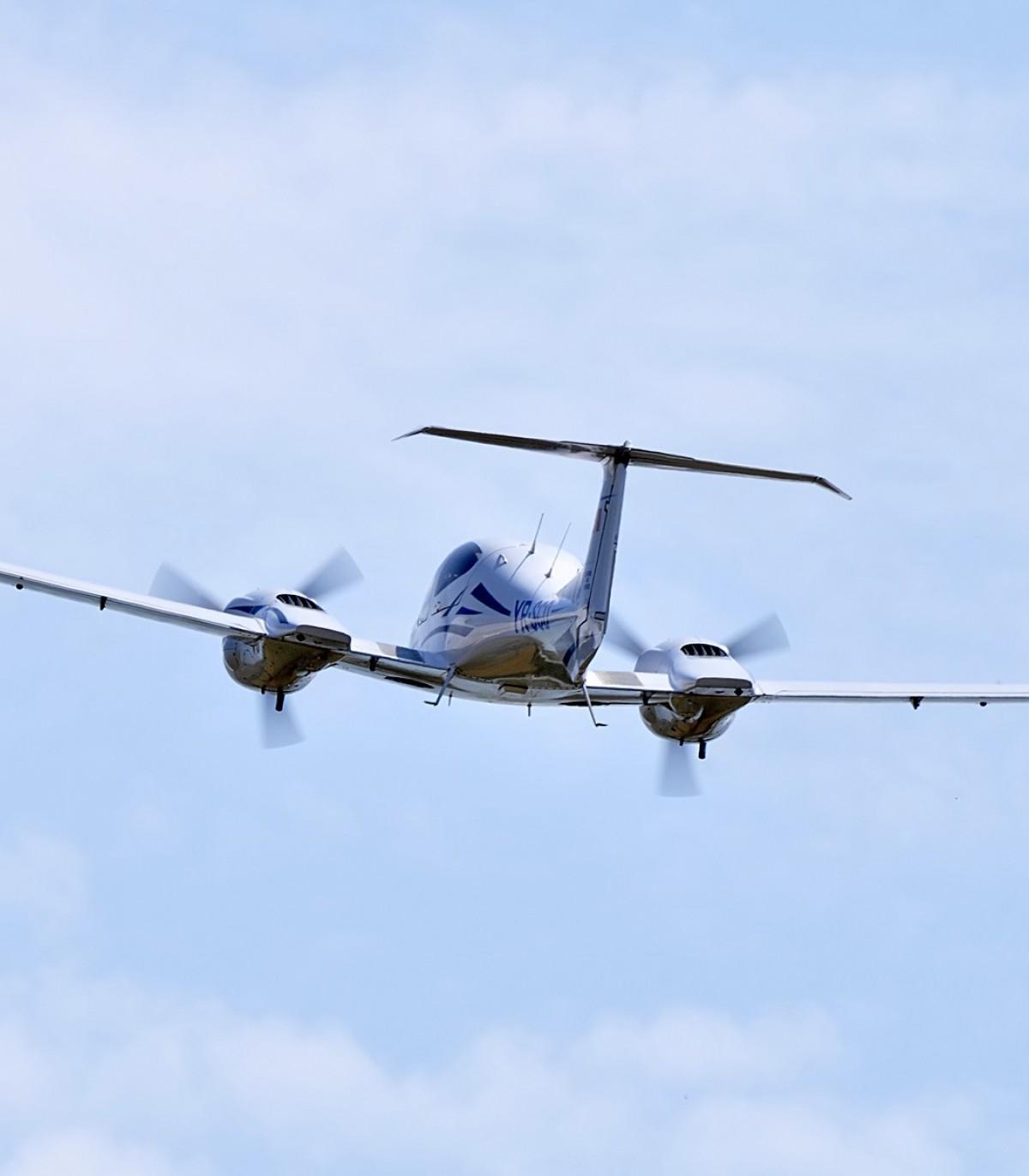 zbor într-un avion cu varicoză)