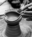 Experimenteaza conectarea cu lutul - atelier de olarit