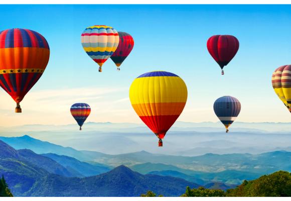 Ai vrea sa zbori cu balonul dar ti-e teama? Iata cum se desfasoara o astfel de experienta si de ce nu trebuie sa-ti fie frica.