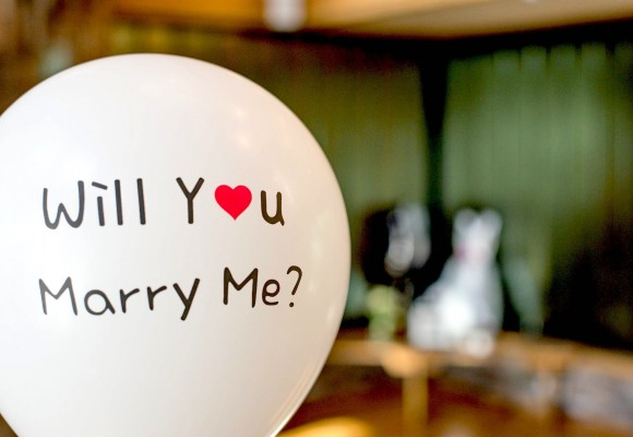 3 crazy wedding proposals
